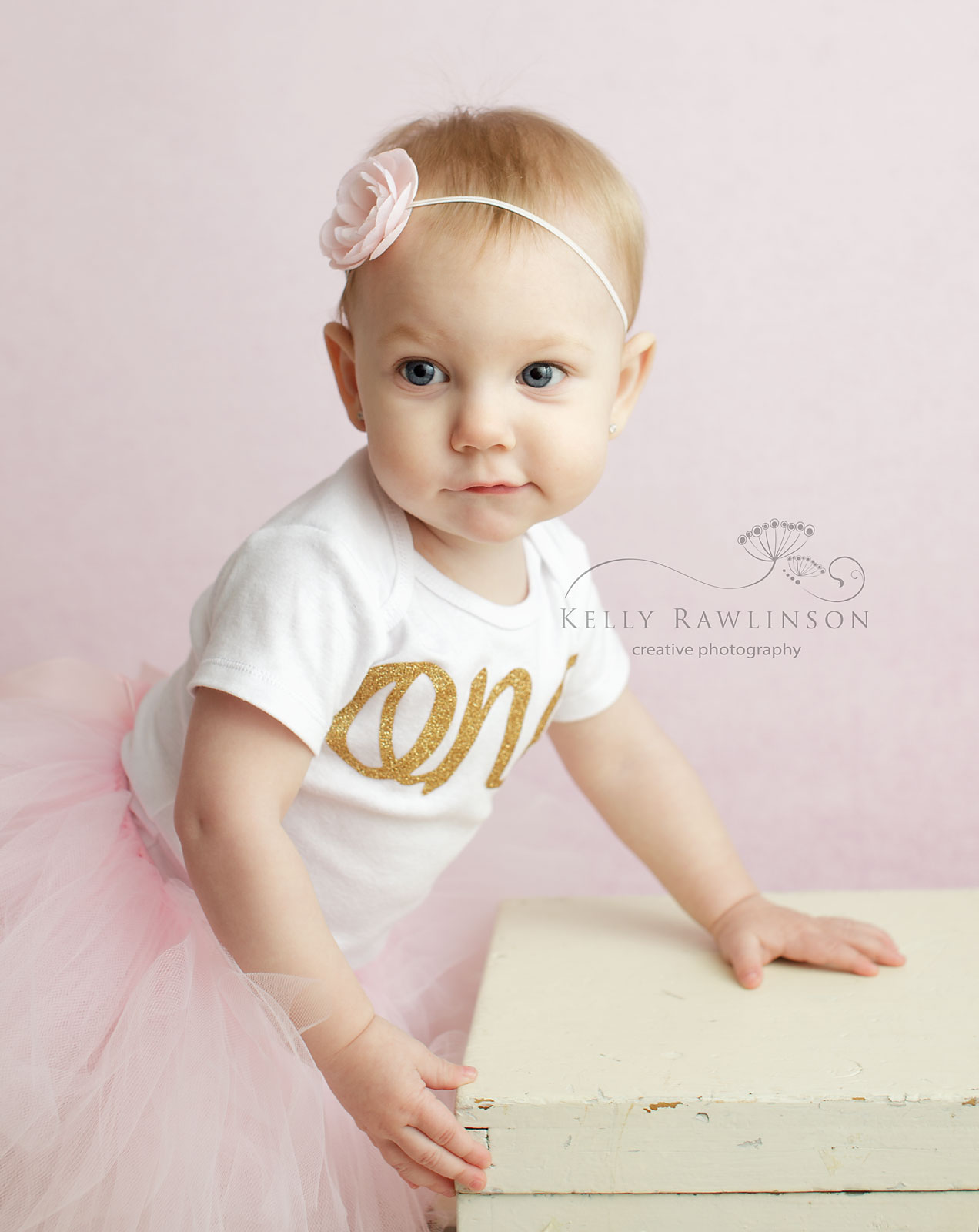 First birthday photoshoot, One shirt, gold and pink baby's first birthday pictures
