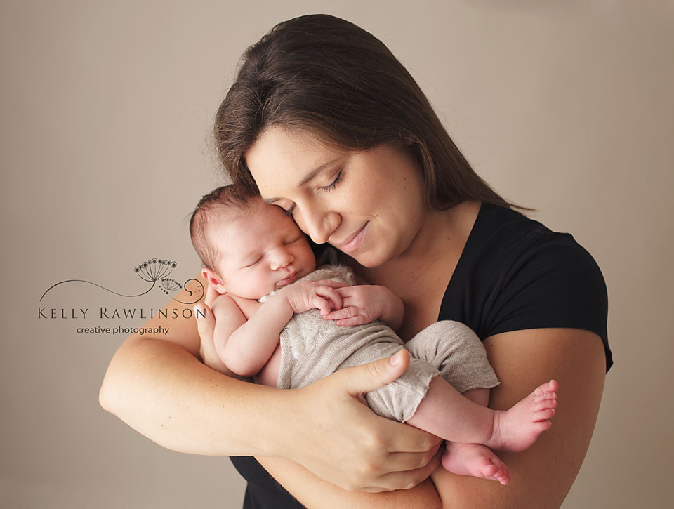 York region newborn photographer mom and baby first family photograph emotional family photos newborn in mother