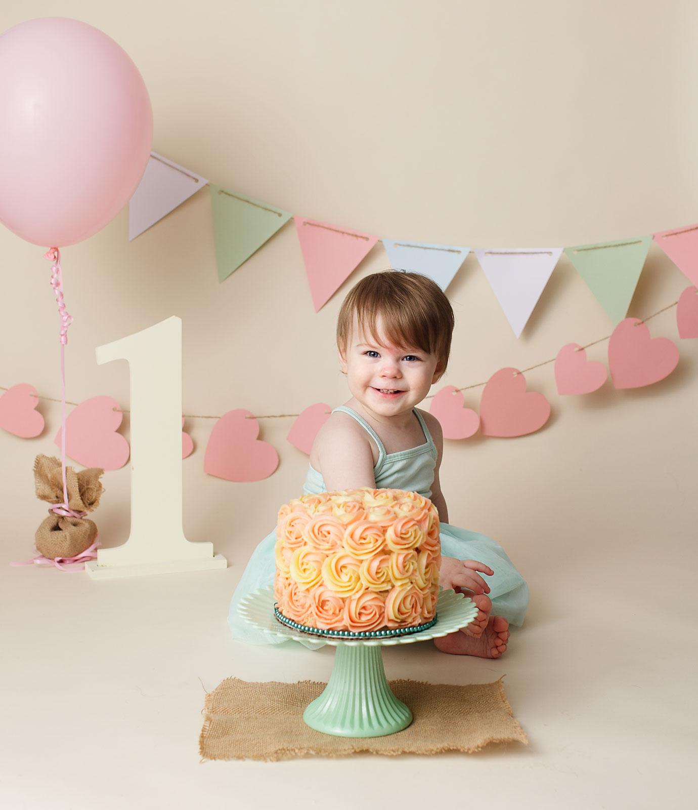 Newmarket cake smash photography, Keswick, Sutton, Georgina, 1st birthday, photography, photographer, photo, pic, shoot, picture