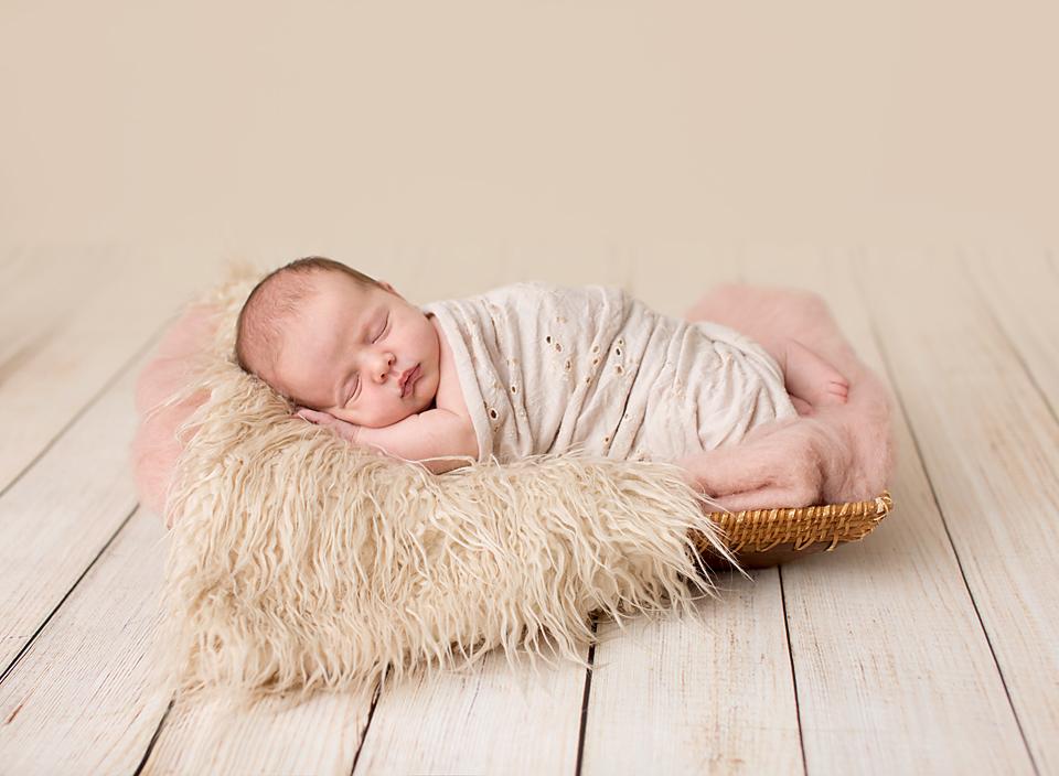Keswick, Bradford, Sutton, Newmarket, newborn baby photos, pics, portraits