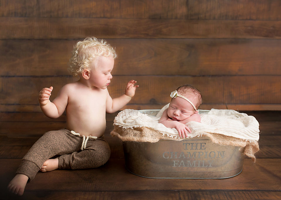 uxbridge baby photographer, high quality professional newborn photography