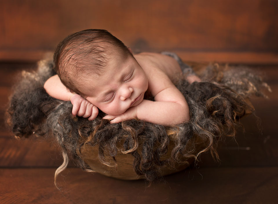 Keswick newborn photographer, looking for a baby photographer